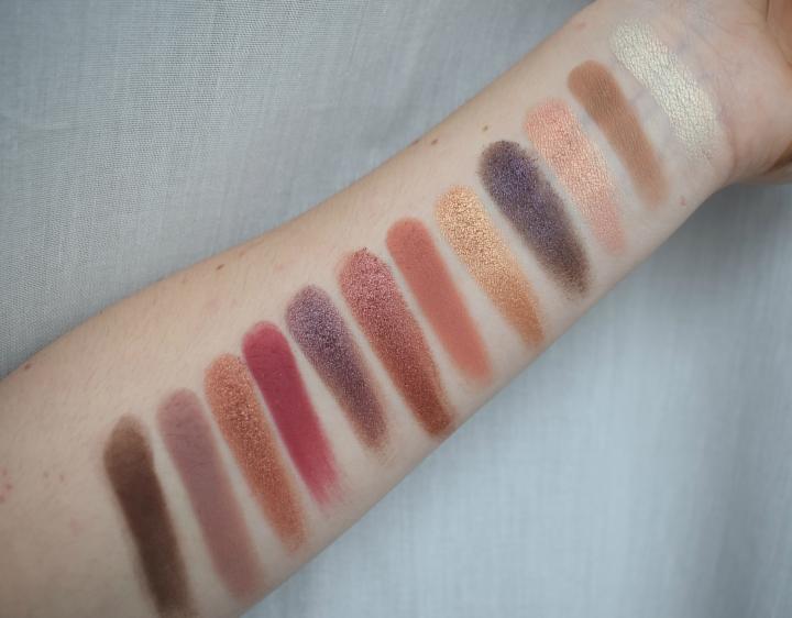 nabla-dreamy-eyeshadow-palette-swatches