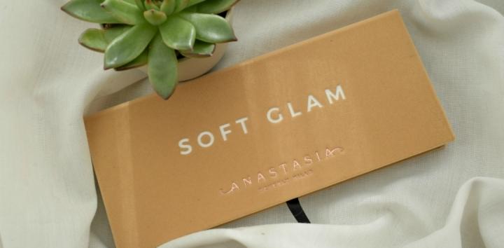 Anastasia Beverly Hills Soft GlamPalette