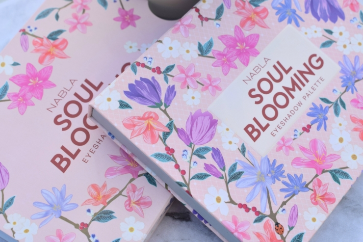 Nabla-Cosmetics-Soul-Blooming-Eyeshadow-Palette-Review (2)