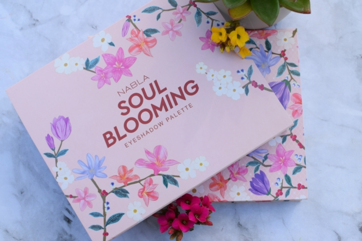 Nabla-Cosmetics-Soul-Blooming-Eyeshadow-Palette-Review (7)