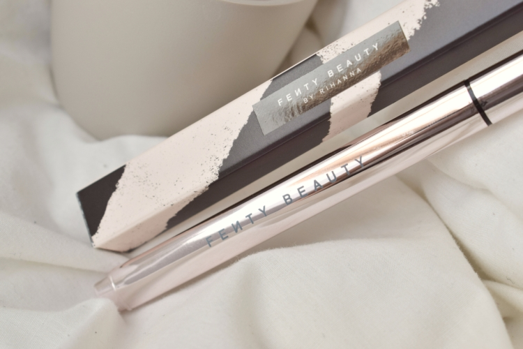 Fenty-beauty-flyliner-review (3)