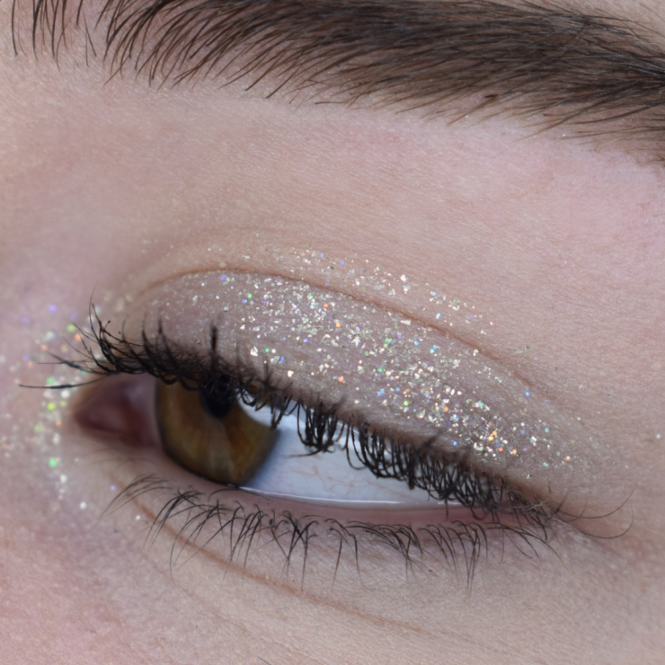 stila-glitter-and-glow-set-review-swatches-golden-goddess-kitten-karma-diamond-dust (16)