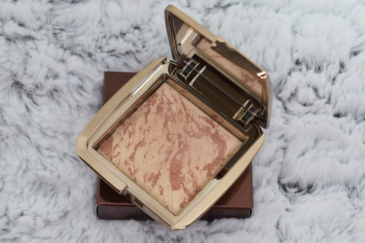 Hourglass-Ambient-Strobe-Lighting-Blush-Brilliant-Nude-Review-Swatches (1)
