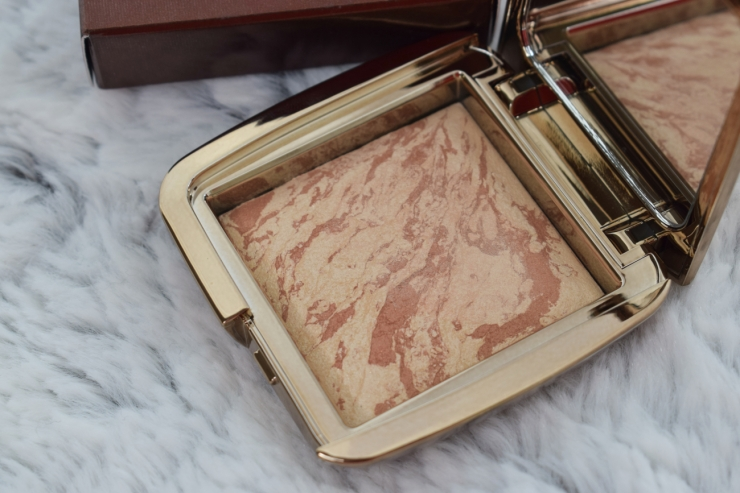 Hourglass-Ambient-Strobe-Lighting-Blush-Brilliant-Nude-Review-Swatches (10)