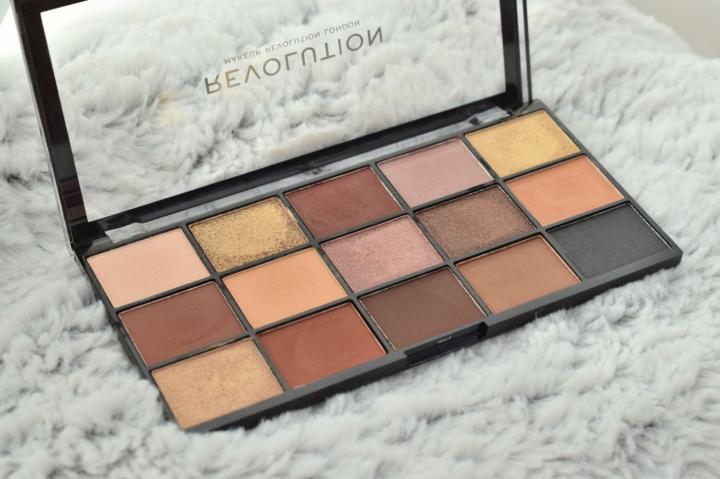 Makeup-revolution-reloaded-velvet-rose-palette-soft-glam-dupe-review (6)
