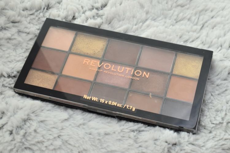 Makeup-revolution-reloaded-velvet-rose-palette-soft-glam-dupe-review (9)