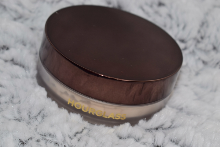 Hourglass-veil-translucent-setting-powder-review-swatches (1)