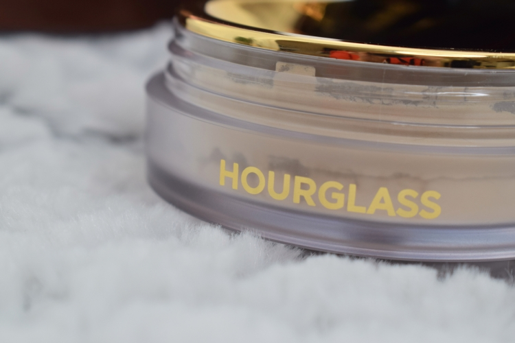 Hourglass-veil-translucent-setting-powder-review-swatches (11)