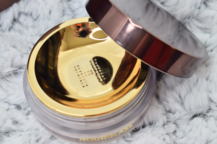 Hourglass-veil-translucent-setting-powder-review-swatches (9)