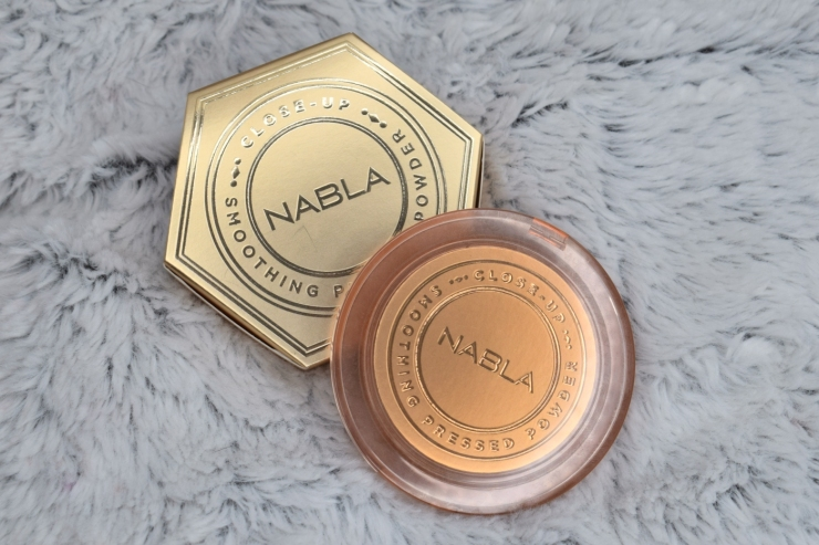 nabla-closeup-smoothing-pressed-powder-review-swatches-light (1)