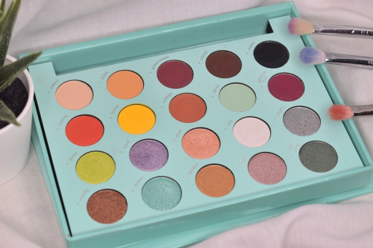 bh-cosmetics-daisy-marquez-swatches-review (2)