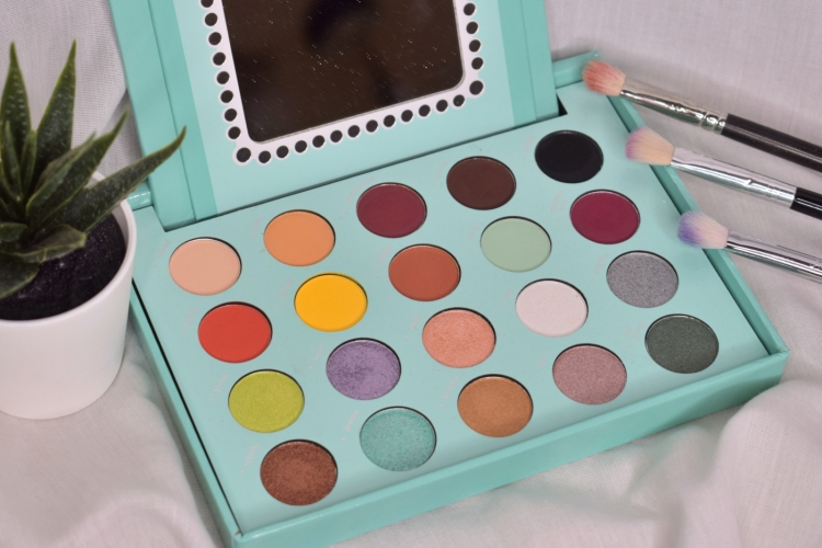 bh-cosmetics-daisy-marquez-swatches-review (5)