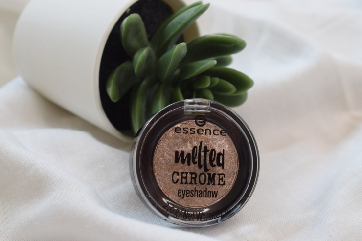 essence-melted-chrome-eyeshadow-review-swatches-ironic (1)