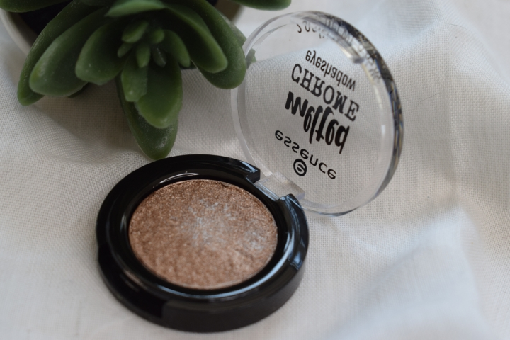 essence-melted-chrome-eyeshadow-review-swatches-ironic (3)
