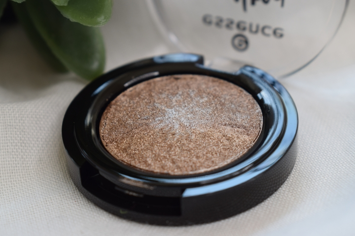 essence-melted-chrome-eyeshadow-review-swatches-ironic (4)