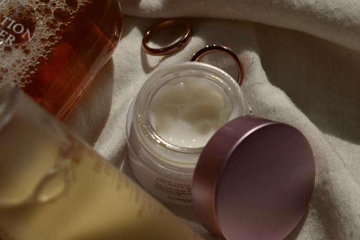 fresh-skincare-review-toner-cream-essence (12)