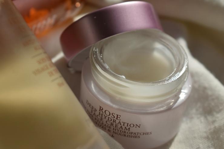 fresh-skincare-review-toner-cream-essence (13)