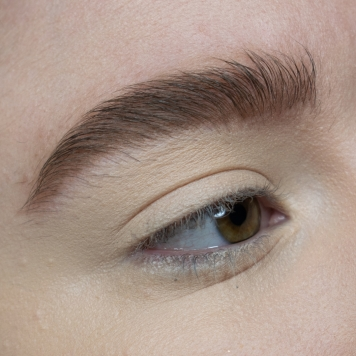 benefit-cosmetics-precisely-my-brow-goof-proof-brow-pencil-gimme-brow-shade-3-review-swatches (13)