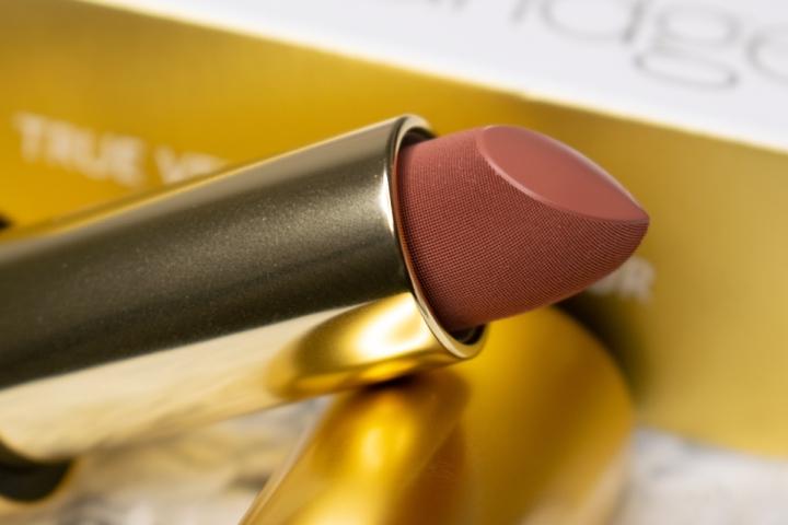 lisa-eldridge-true-velvet-lip-colour-velvet-fawn-swatches-review (3)