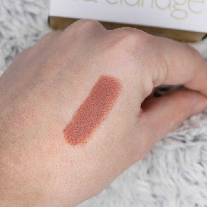 lisa-eldridge-true-velvet-lip-colour-velvet-fawn-swatches-review (7)