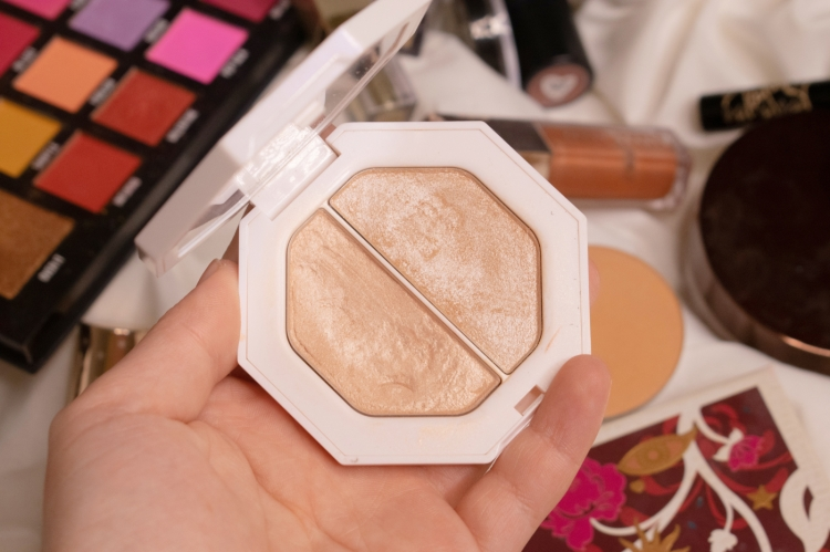 fenty-beauty-killawat-lightning-dust-crystal-fire-highlighter-review