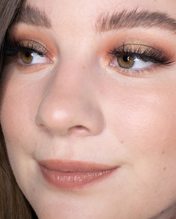 nyx-cosmetics-bare-with-me-tinted-skin-veil