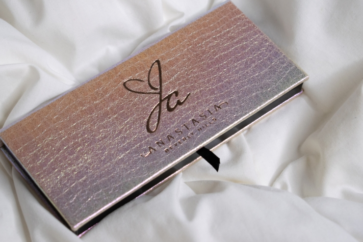 jackie-aina-abh-anastasia-beverly-hills-palette-review-swatches (11)