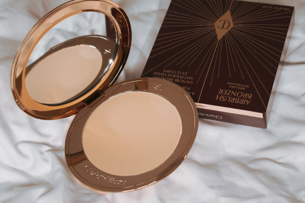 Charlotte-Tilbury-Airbrush-Bronzer-Fair-Swatches-Review